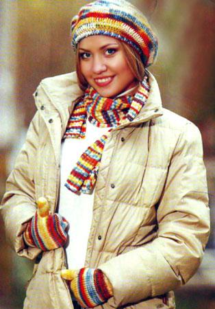 Берет, шарф и варежки