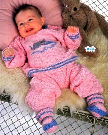 Пуловер, штанишки и пинетки в розово-синих тонах