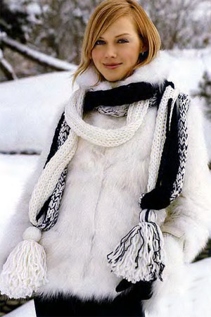"""На нашем сайте для девушек  """"Дамочка """" Вы в любой момент можете найти публикацию - вязание шарфа спицами фото, с..."""