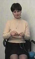 Урок 2. Положение нити и рук при вязании