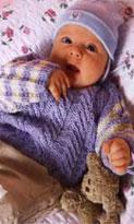 Жакет с капюшоном, пуловер и пинетки