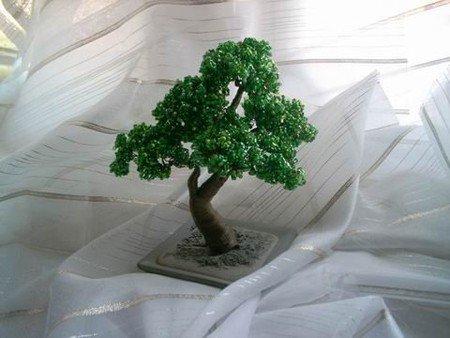 готовое дерево из бисера