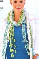 Вяжем крючком ажурный шарф