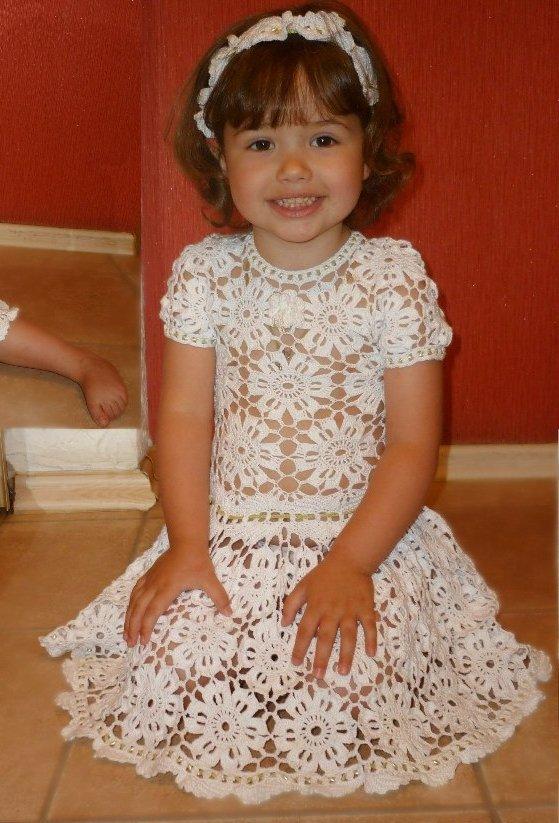 Платья нарядное вязанное крючком для девочек