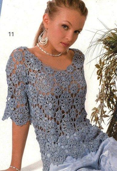 Женственная синяя блузка из мотивов-кругов крючком