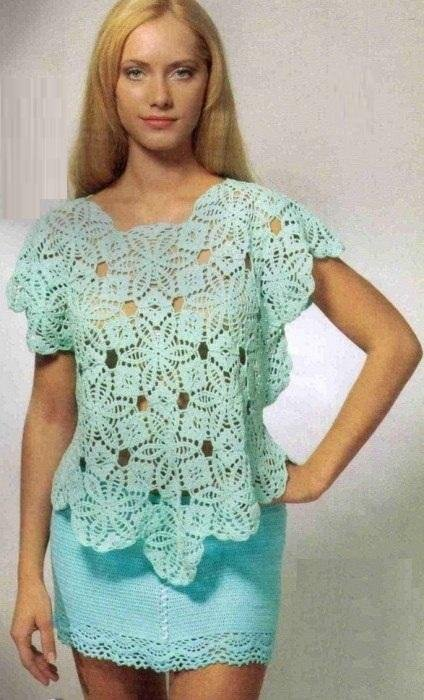 Нарядная голубая блузка крючком