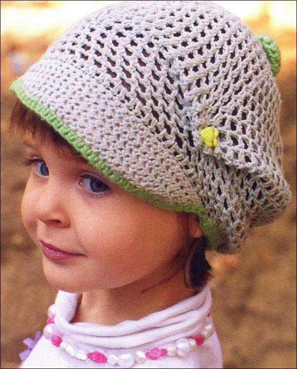 Летняя шапочка с козырьком