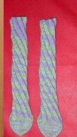 Носочки со спиральным узором