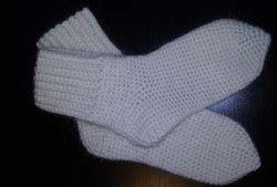 Тёплые носочки для девочки крючком