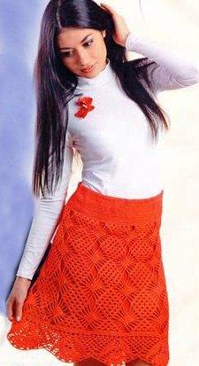 Красная ажурная юбка крючком