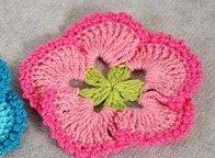 Цветок крючком для шапочки