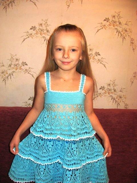 Отделка кружевом детского платья