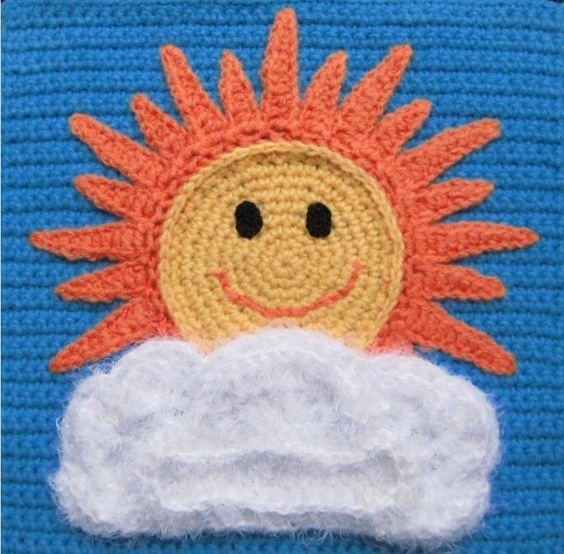Аппликация для детского платья Солнышко