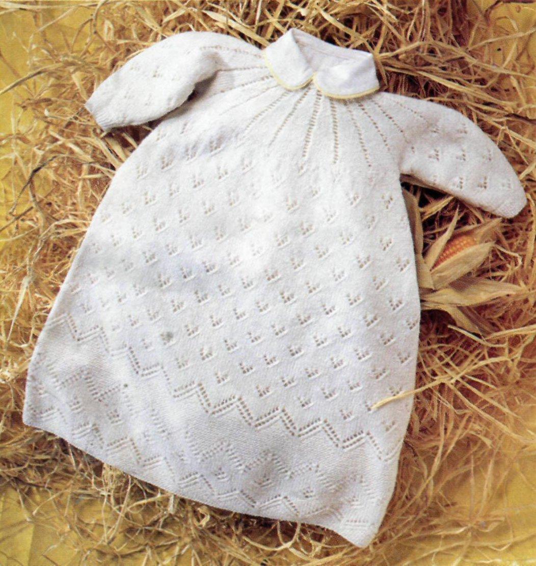 Платье для крещения спицами с воротничком