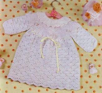 Платье крючком для новорожденной девочки