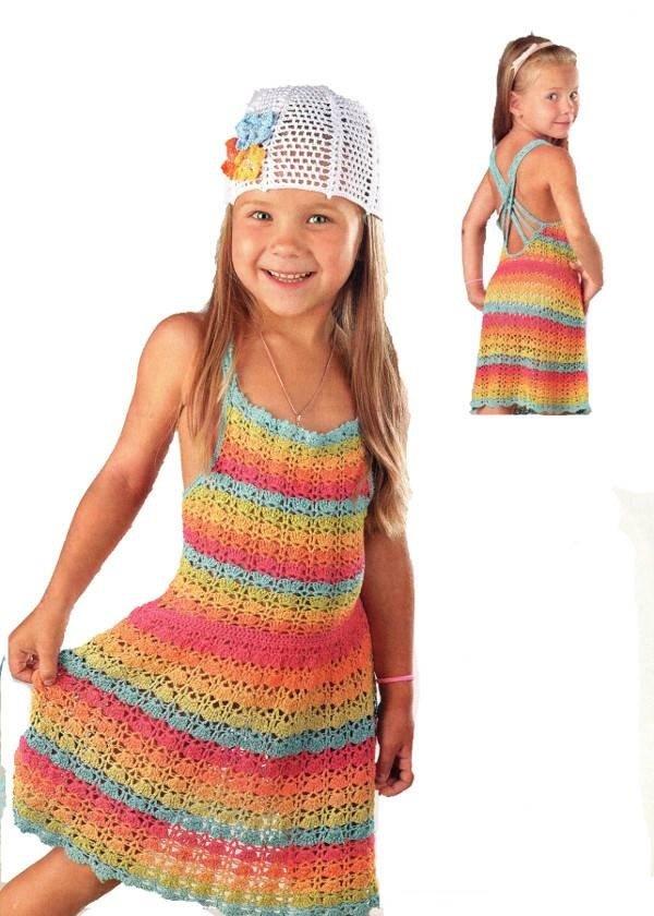 Пляжное платье для девочки с разноцветными полосками