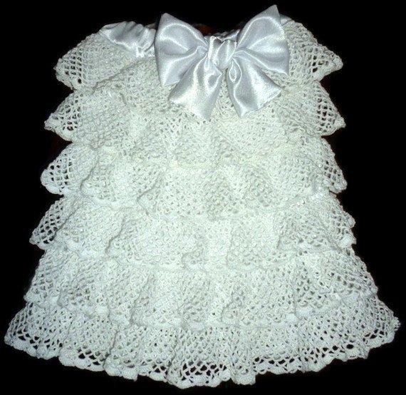 Платье без бретелей с рюшами
