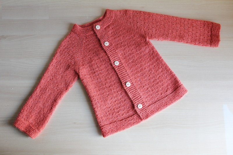 Вязание кофты на пуговицах для девочки спицами