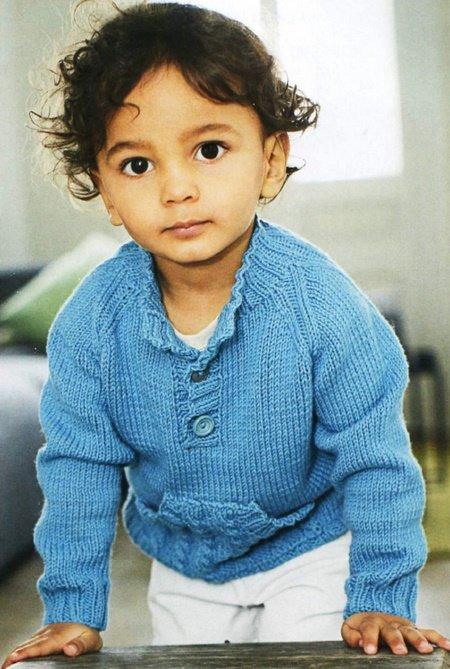 Пуловер для мальчика с карманом-кенгуру спицами