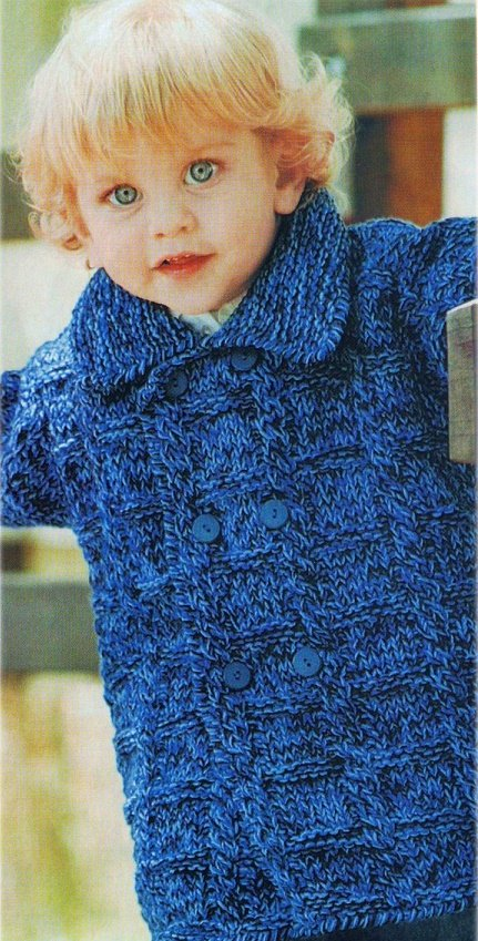 Меланжевое пальто для мальчика спицами