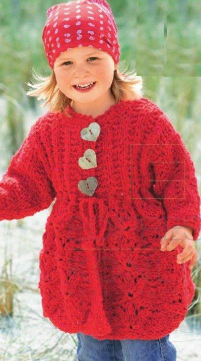 Пальто для девочки с фантазийным узором спицами
