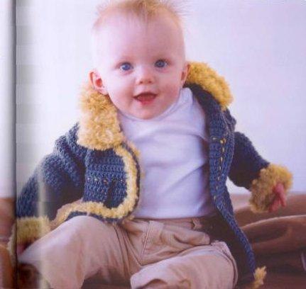Жакет для мальчика крючком с меховой отделкой