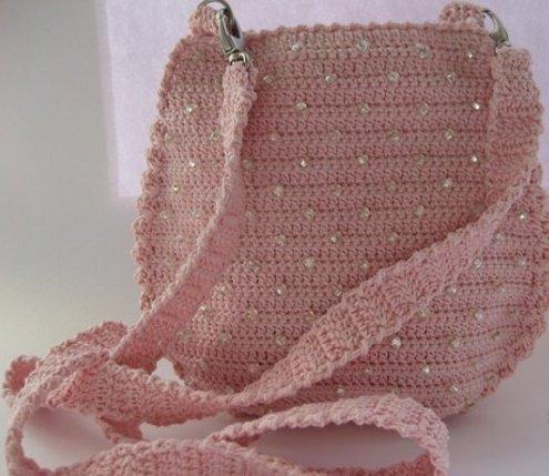 Маленькая сумочка с бисером крючком