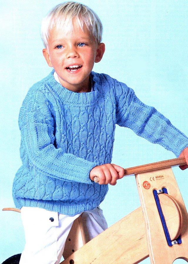 Голубой джемпер для мальчика спицами