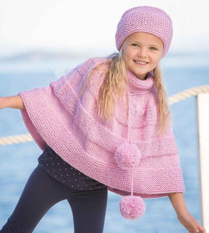 Розовое пончо для девочки спицами