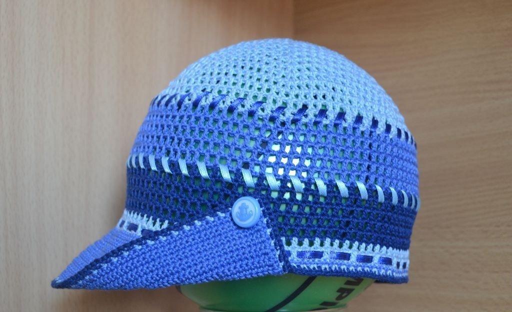 Летняя кепка с лентами для мальчика крючком