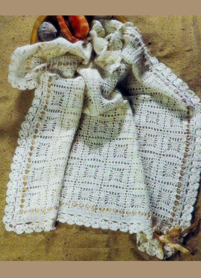 Одеяло с узором из квадратов крючком