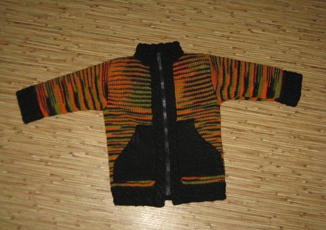 Меланжевая куртка для мальчика спицами