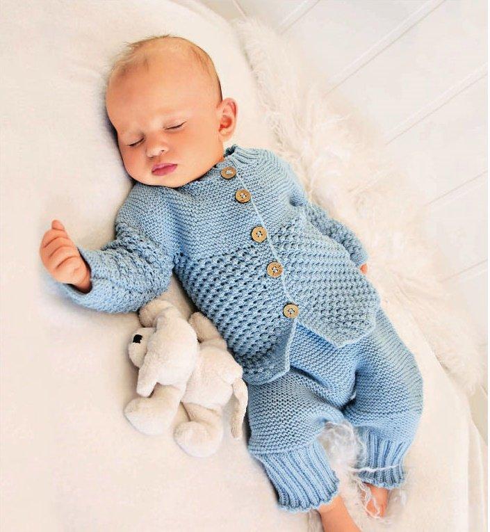 Комплект для новорожденного мальчика спицами