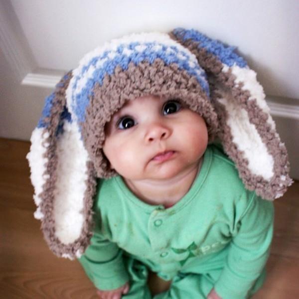 Шапочка для мальчика с заячьими ушками