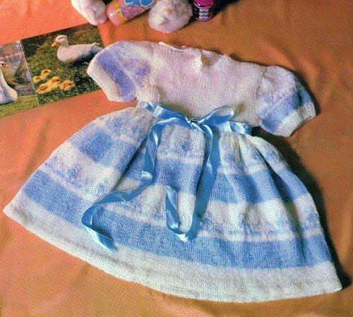Платье с жаккардовым узором спицами