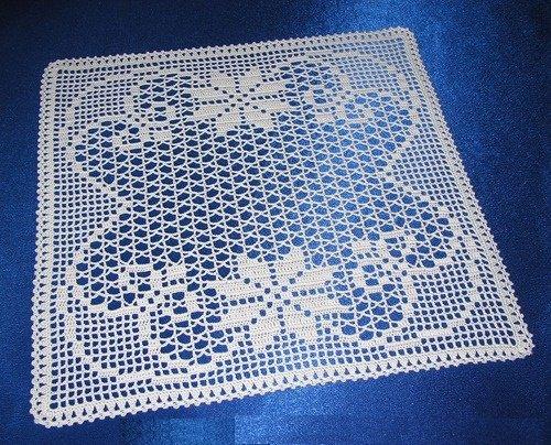 Квадратная салфетка филейным вязанием
