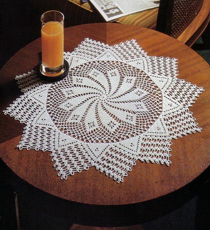 Салфетка в форме звезды крючком