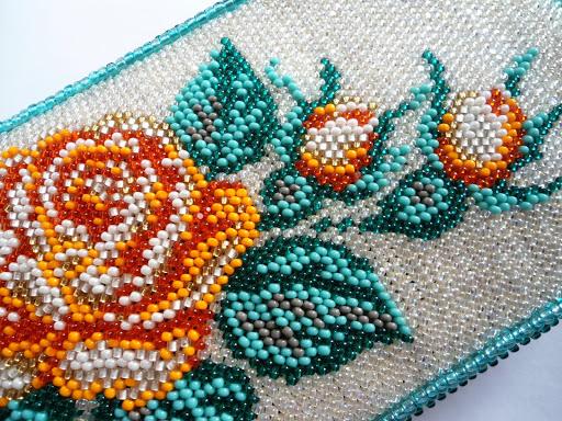 Искусство вышивки картин бисером от древних времен до сегодняшнего дня