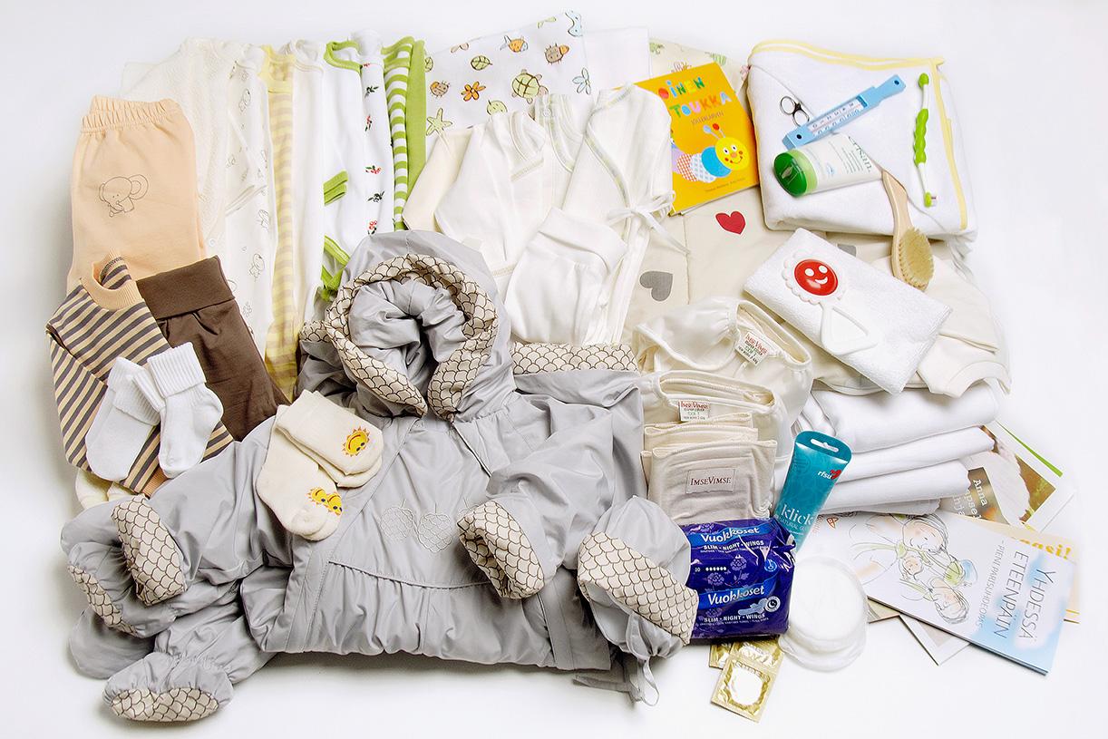 Как выбрать одежду для новорожденных детей