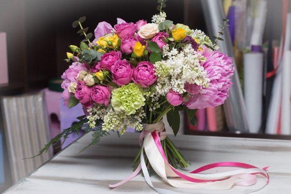 Профессиональная доставка свежих цветов в Нурсултан