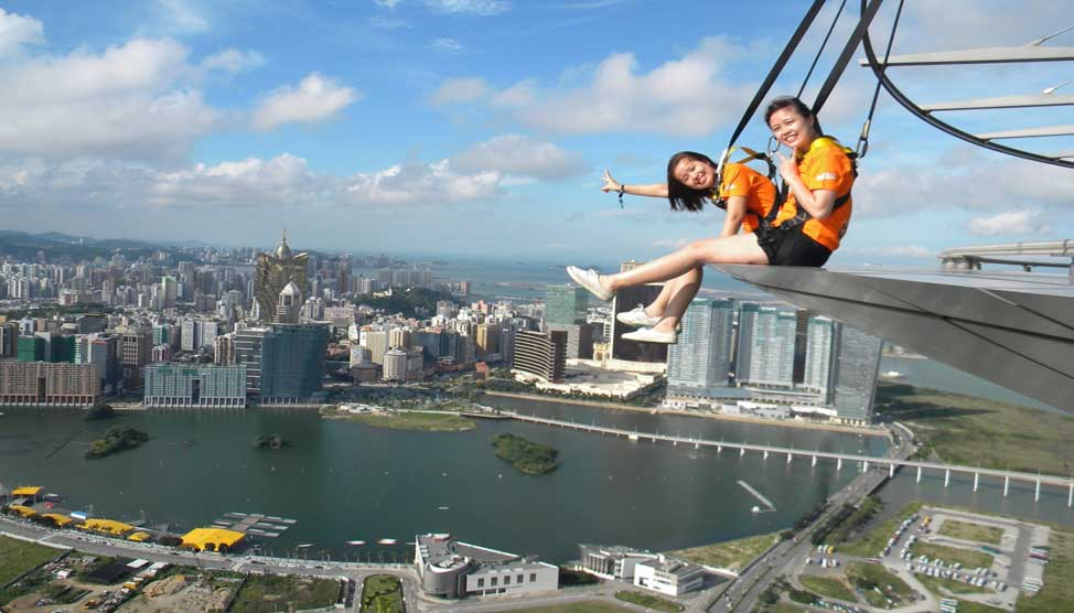 Fly2play gold tours to Macau