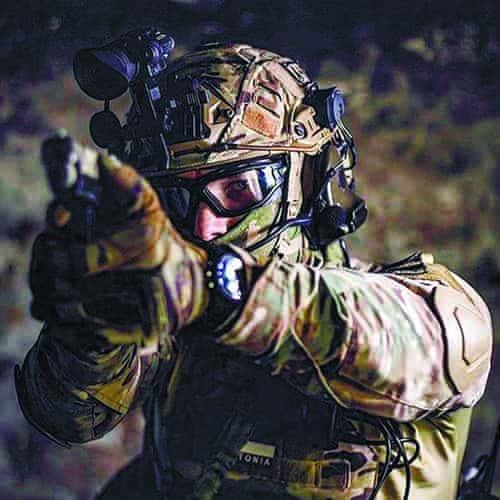 Огромный выбор военной одежды, обуви, снаряжения и аксессуаров